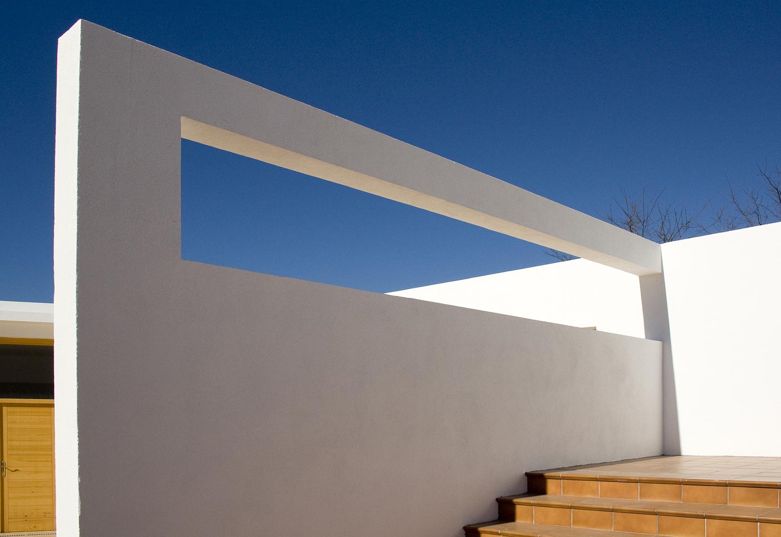 muro_piscina_1600x1100